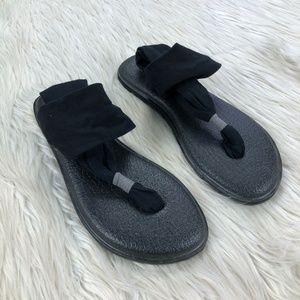 🐝 Sanuk Black Yoga Mat Slingback Sandals